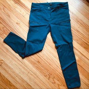 LOFT Skinny Cargo Style Pants